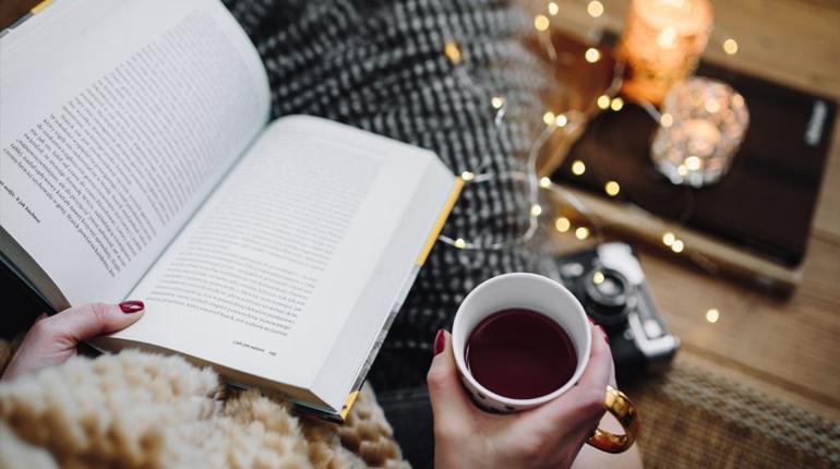 Статья, Ваше задание на дом, Около книг
