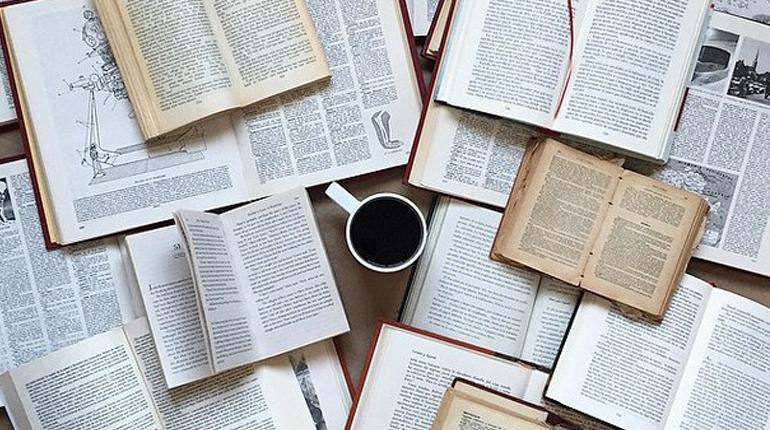 Статья, 7 самых «вкусных» книг мировой литературы, Обзоры