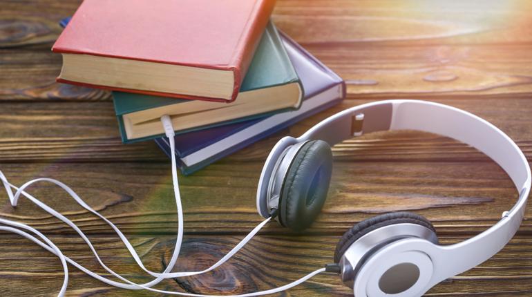 Стаття, Все про аудіокниги: як вони з'явилися, чим вони корисні і чи замінять вони паперові книги