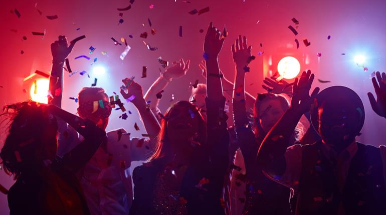 Стаття, Фантастичні PARTY та як їх організувати: ідеї для вечірок у книжковому стилі, Навколо книг