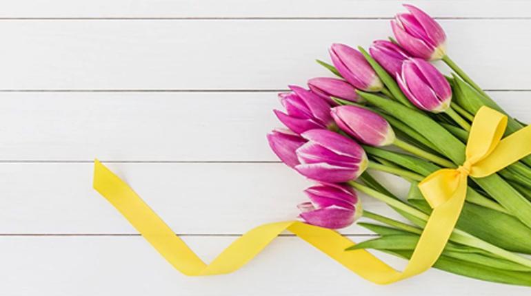 Стаття, Жіночий і чоловічий погляд на 8 березня