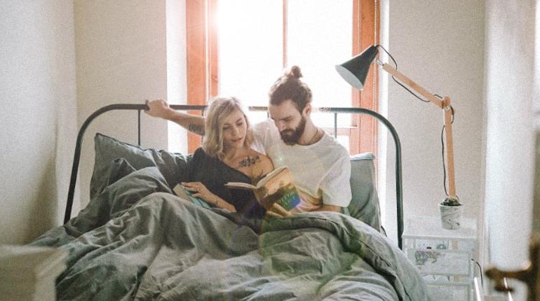 Стаття, День святого Валентина близько: добірка книг, що зміцнюють стосунки, Обзор