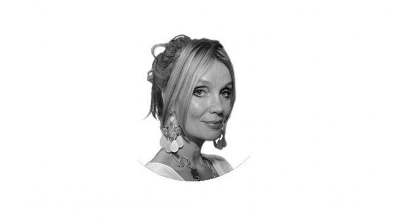 Стаття, Авторка кримінальних романів Мо Хейдер померла у віці 59 років від хвороби рухового нейрона, Новини